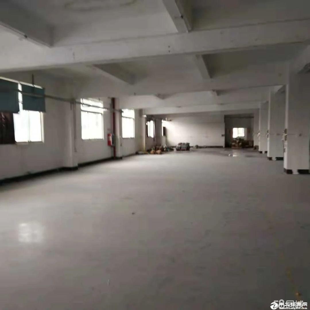横岗 简龙社区楼上实际面积1200平米招租