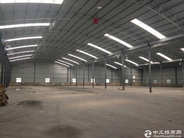 蔡甸厂房9000平,交通方便,可分租,行业不限制。