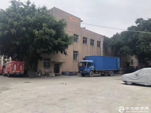 西丽阳光工业区附近独栋1-2层8800平米出租.