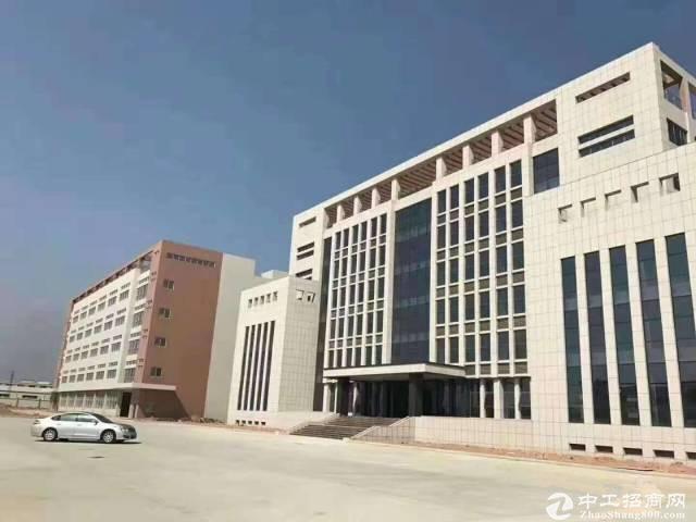 布吉南岭可园新出楼上厂房650平方米仓库出租