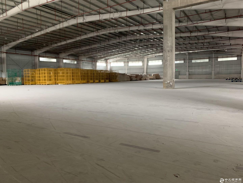 横岗 水官高速附近 横坪公路边独院钢构厂房6000平米招租