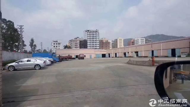 新圩镇长布村8000平米。钢构厂房现成行车招租15000平米空地免费