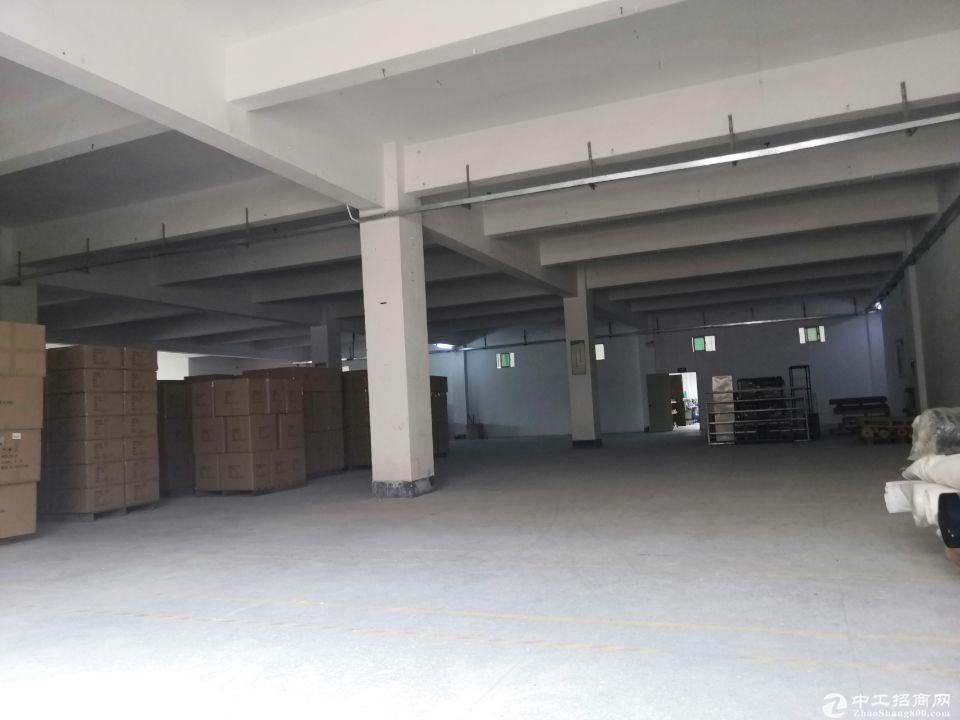 坪山沃尔玛旁边新出800平仓库出租,有 缷货平台