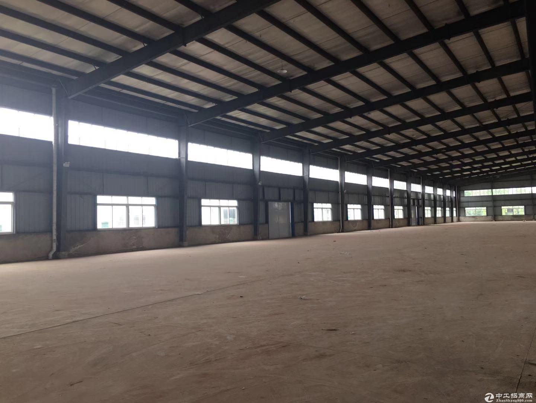 出租遂宁工业园区标准钢结构厂房5000㎡另有空地