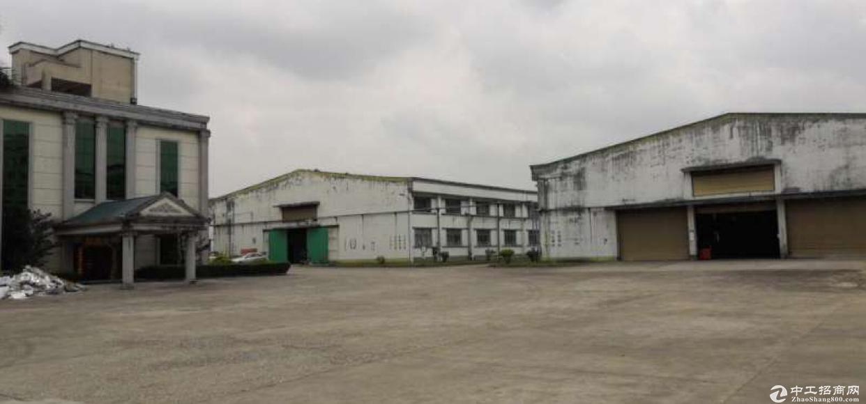 大朗镇高速出口旁适合做物流仓库原房东厂房13万平出租