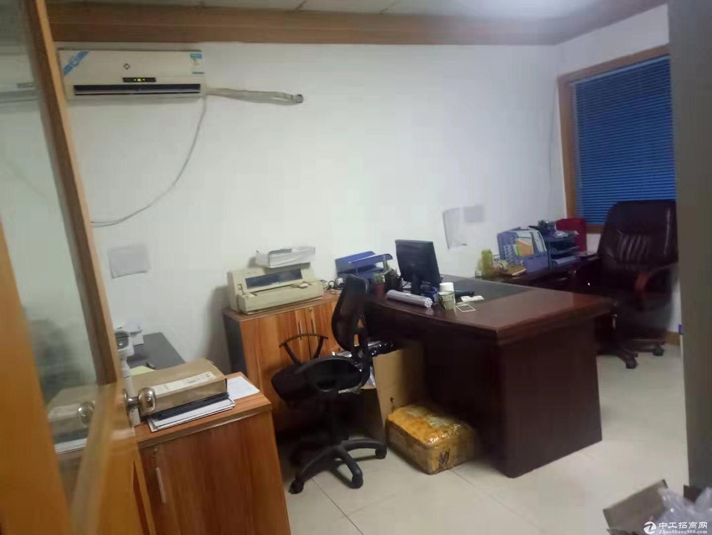 石岩汽车站旁,豪华精装厂房办公室仓库650平