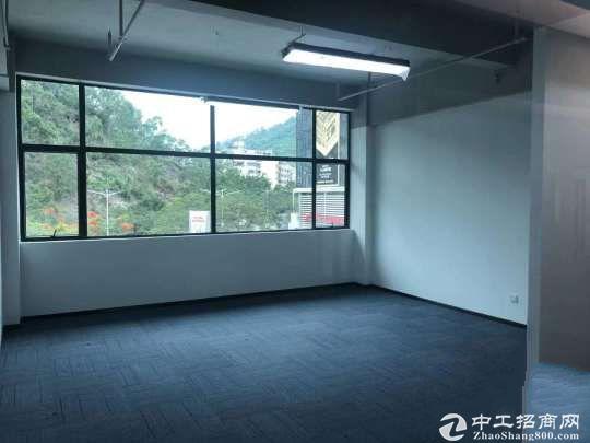 石岩塘头路口一楼仓库出租480平670平米可以分租带办公室