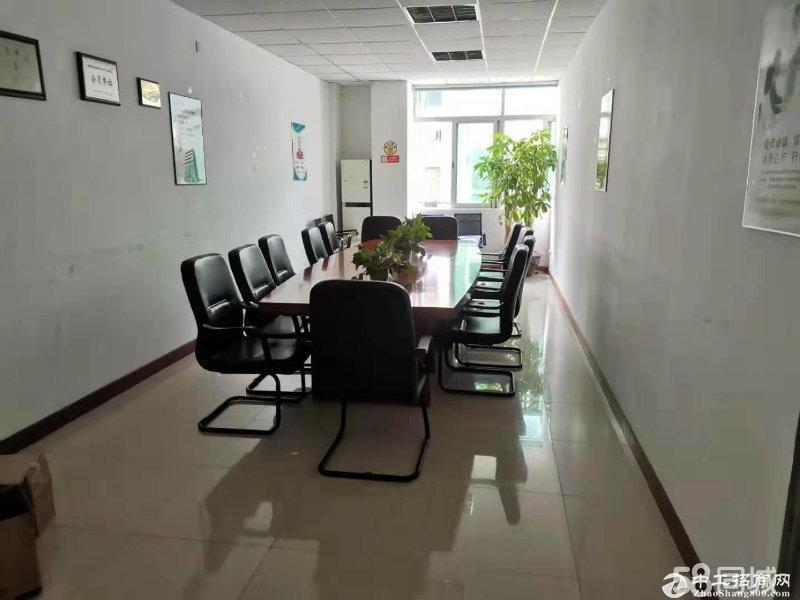 厂房出租 龙华龙胜地铁口新出楼上精装1250平办公厂房出租