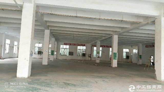 西丽地铁口适合做电商办公仓库整层7500平米厂房出租特价