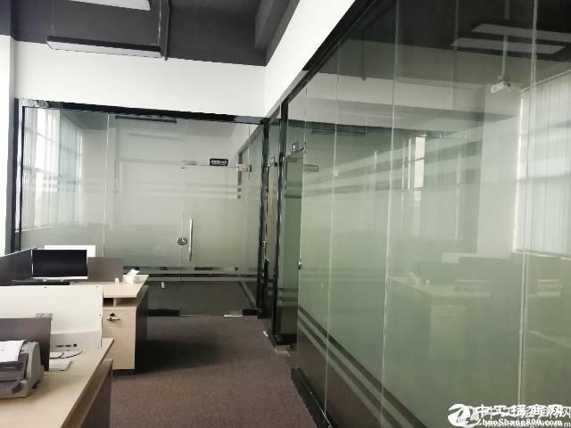 [特价]西丽科技园三楼500平方精装修使用率高