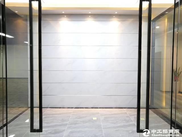 [特价]南山西丽留仙大道大学城地铁口550平米精装修办公招租