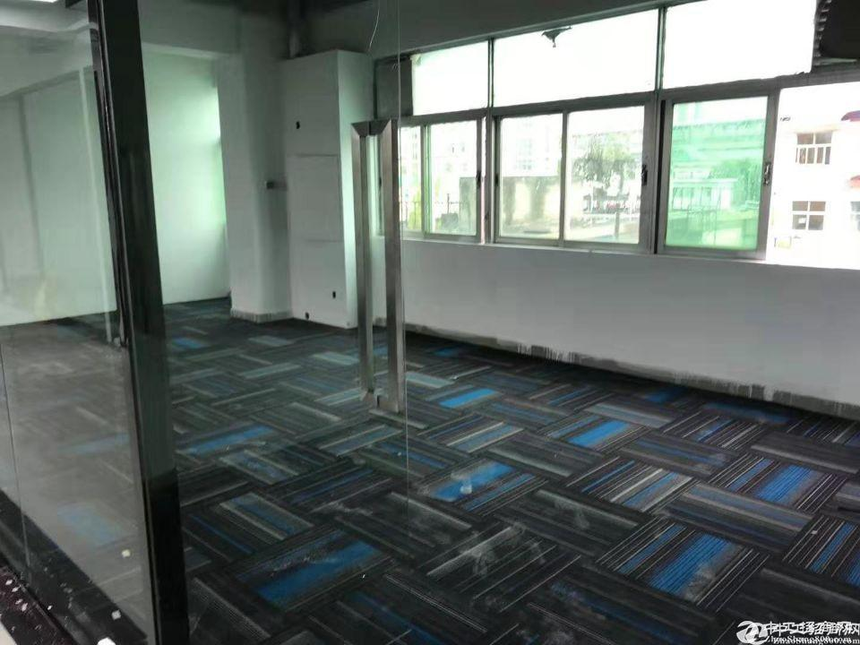 华清湖地铁站最便宜办公仓库5000平招租,最小50平起租。