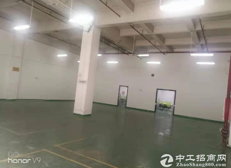 坪山中心区一楼厂房350平,带办公室,适合做仓库