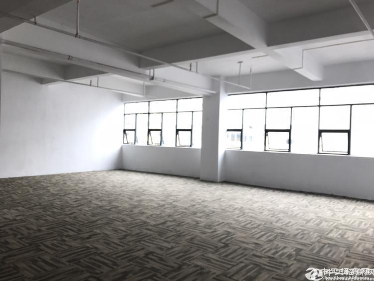 清湖地铁口新出全新装修办公室厂房仓库出租100平~1000平