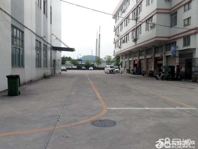 番禺南村工业区楼上1350方厂房仓库出租,带装修,交通方便