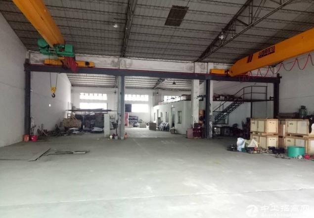 厚街镇新塘村原房东2000平厂房仓库出租,高9米,300平起可分租