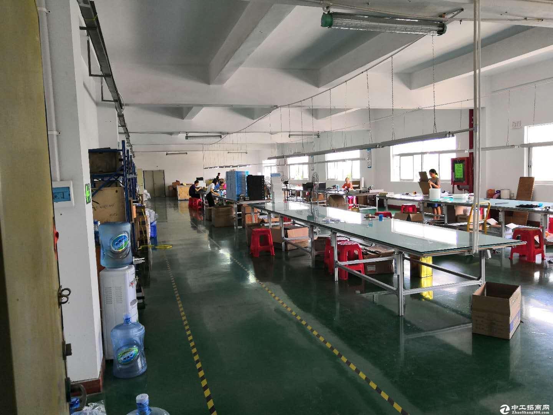 坑梓 工业区  二楼厂房出租930平厂房招租-图4