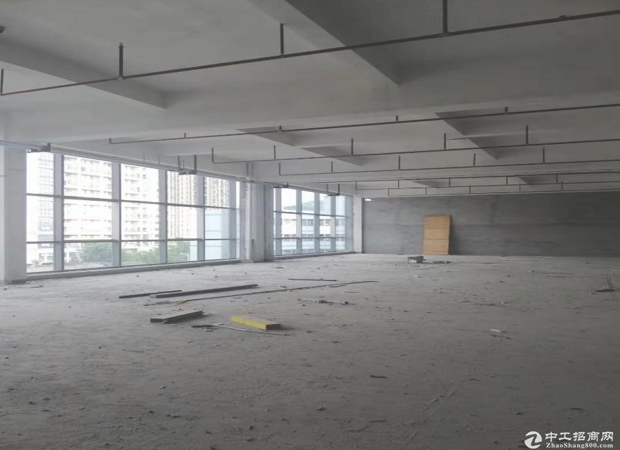 坂田地铁站附近200平300平500带装修,适合电商办公仓库等