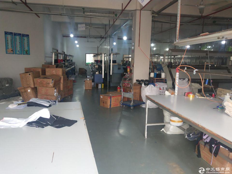 厚街镇赤岭村靠近南城新出楼上1080平厂房转租,价格便宜
