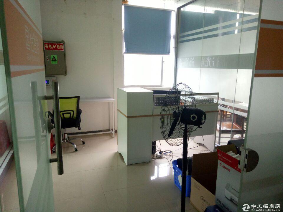 龙华大浪新出1500平现成生产车间办公仓库,家私齐全。