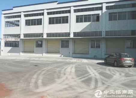 清溪全新带丙二类消防设施钢结构2层物流仓库带升降平台出租