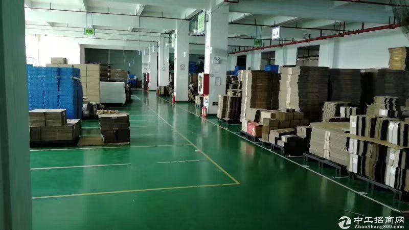布吉李朗靠近华南城物流仓库5000平方米招租