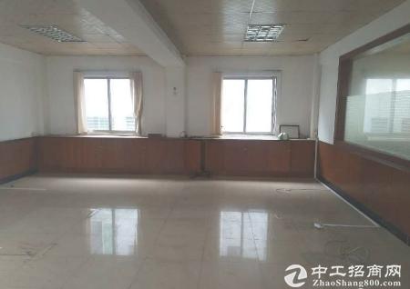 清溪镇唯一超靓2100平独门独院厂房钢构仓库出租
