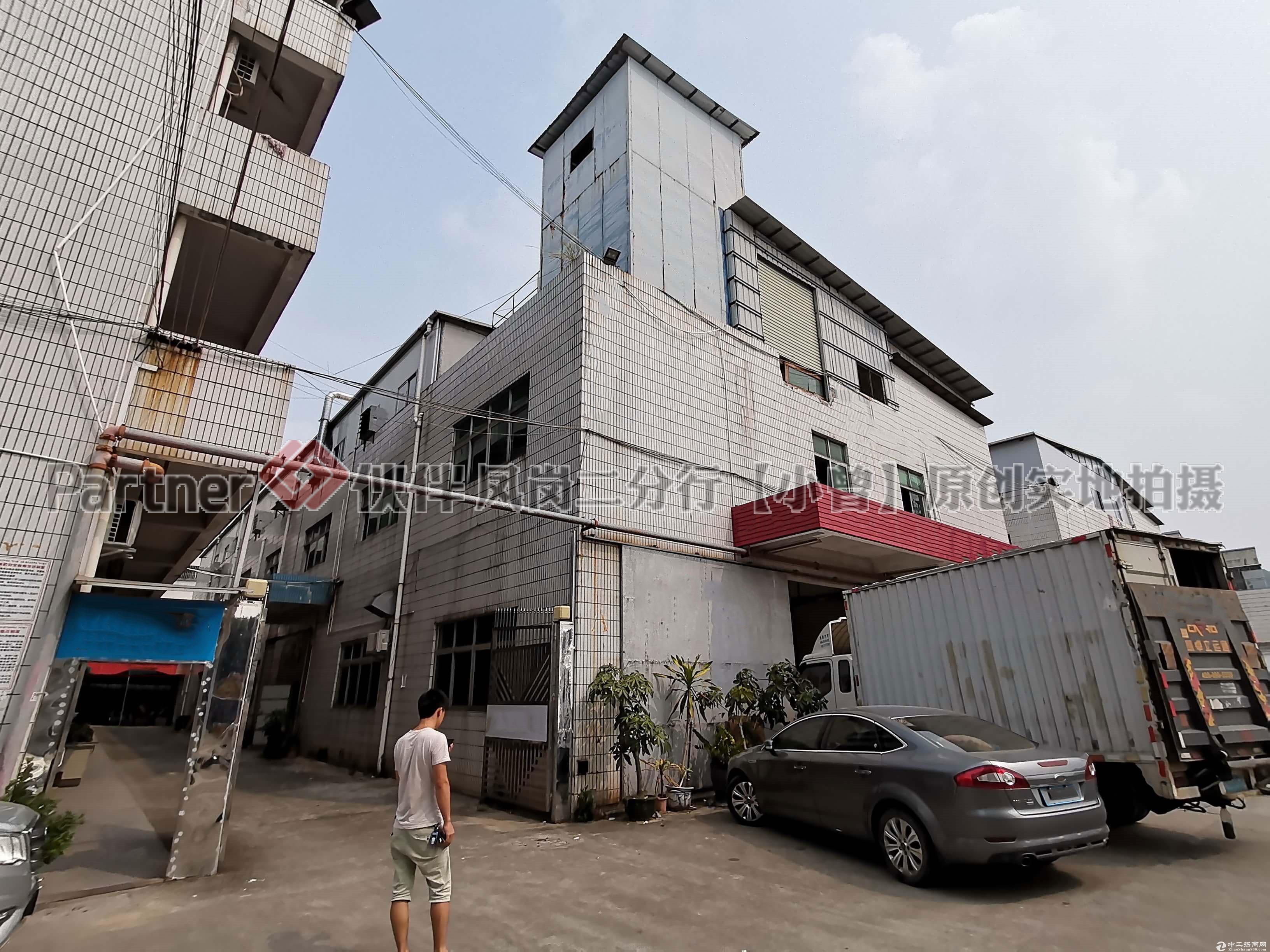 凤岗凤德岭新出2楼标准厂房带生产流水线办公室装修