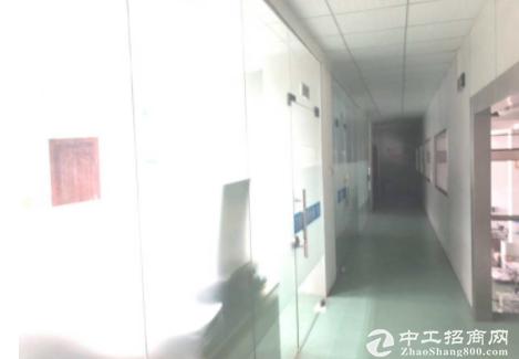 深圳坪山区原房东层高7米一楼5300平带喷淋红本厂房招租可分租