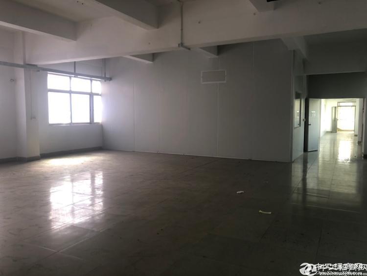 人和鹤亭工业区新出楼上厂房780平厂房仓库出租