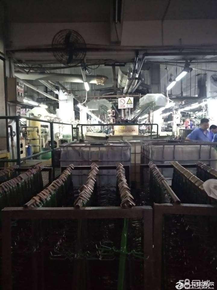 深圳坪山电镀厂房原房东整层1750平方招租,带污水处理,带环