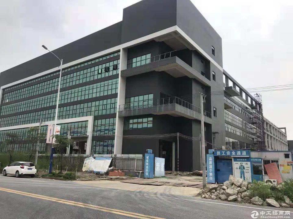 深圳市花园式红本厂房,均价4900元笋盘出售