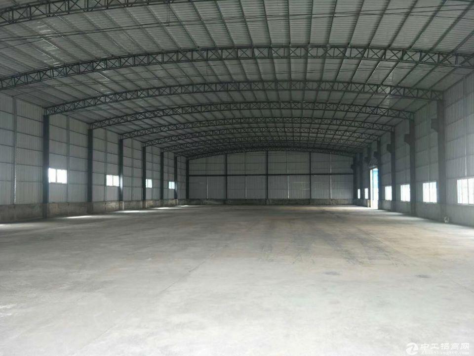 南城靓盘独院6000平方带3000平方钢构厂房可分租
