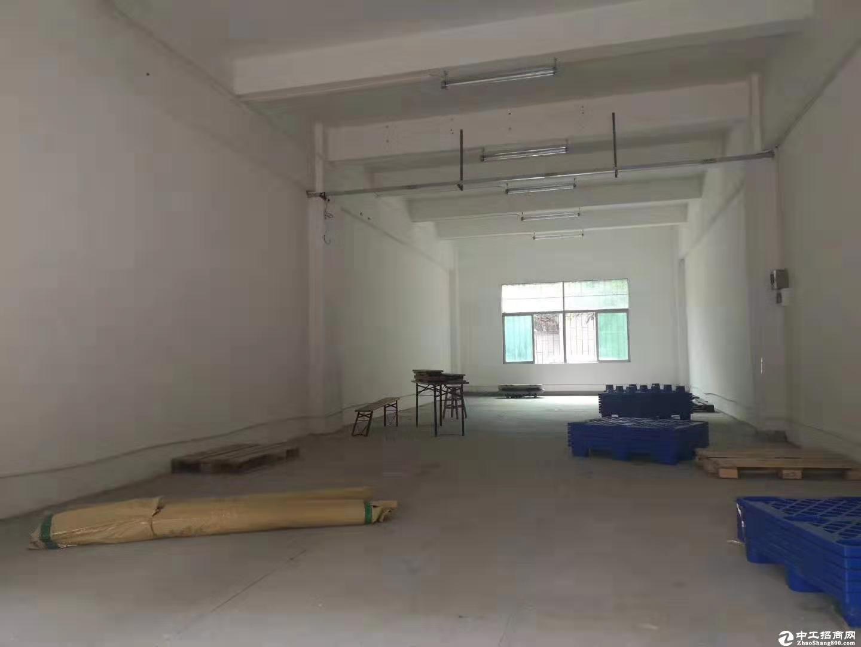 西丽茶光地铁口一楼200平标准厂房招租水电齐全