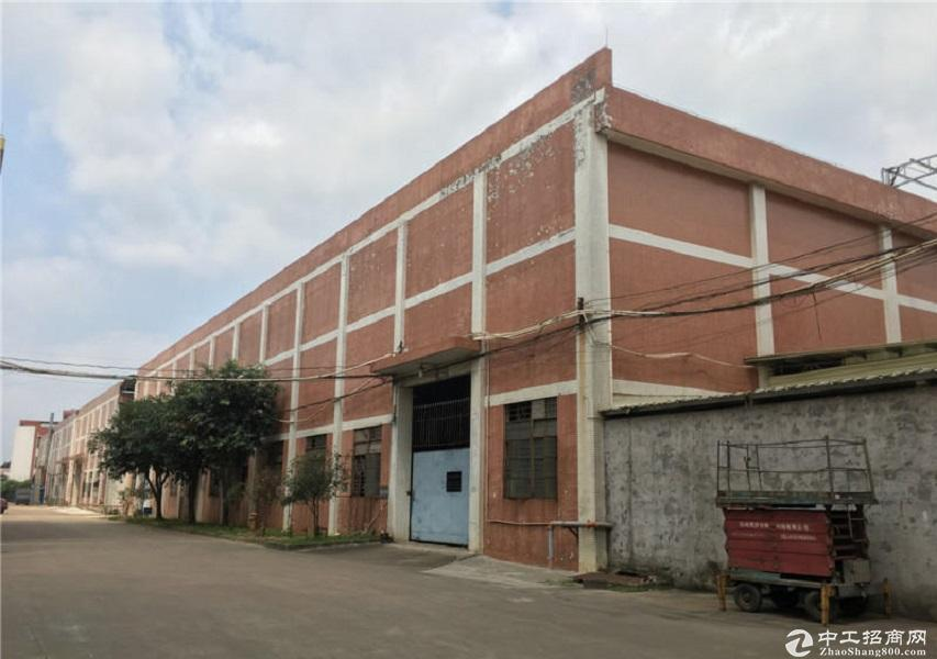 广东中山小榄镇工业园3660平厂房仓库出租可分租办环评独门院
