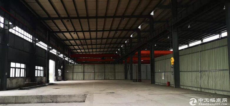 双福园区2200平米单层钢结构厂房出租,有行车轨道及行车