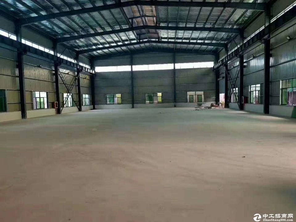 龙华清湖地铁站附近一楼仓库6000平可分租低价出租空地大