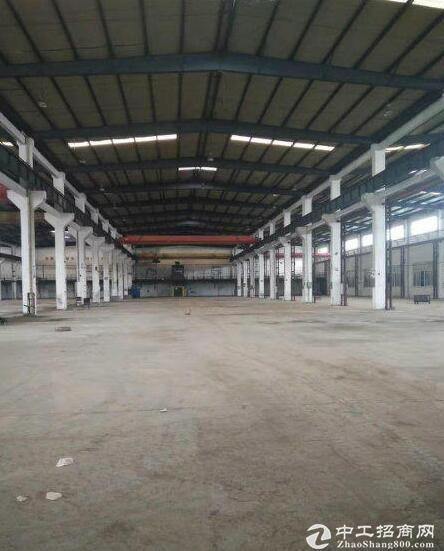 重庆渝北独门独院单层行车厂房出租16000平米