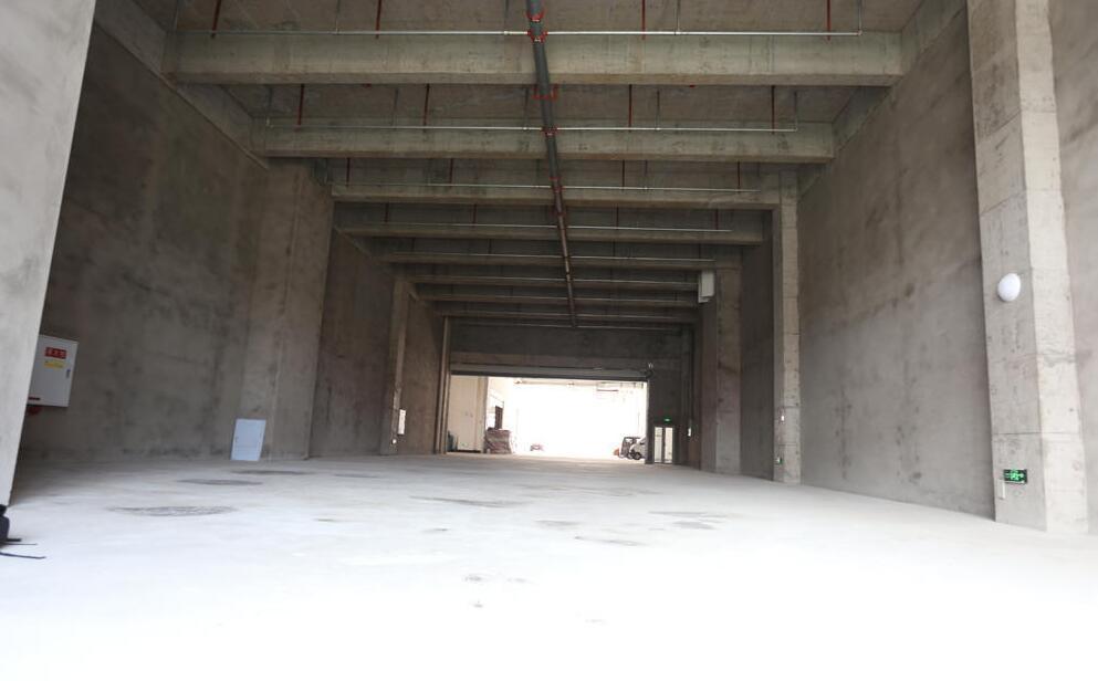 九龙坡内环边厂房 面积按需分割 首付3成