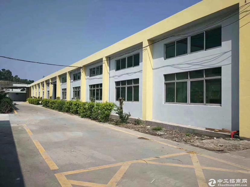 龙岗厂房出售 单一层10米高钢构厂房空地大单价3500