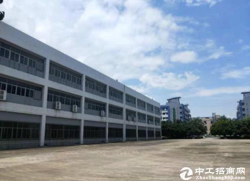 临深红本厂房,建筑12500㎡,售价3800万!