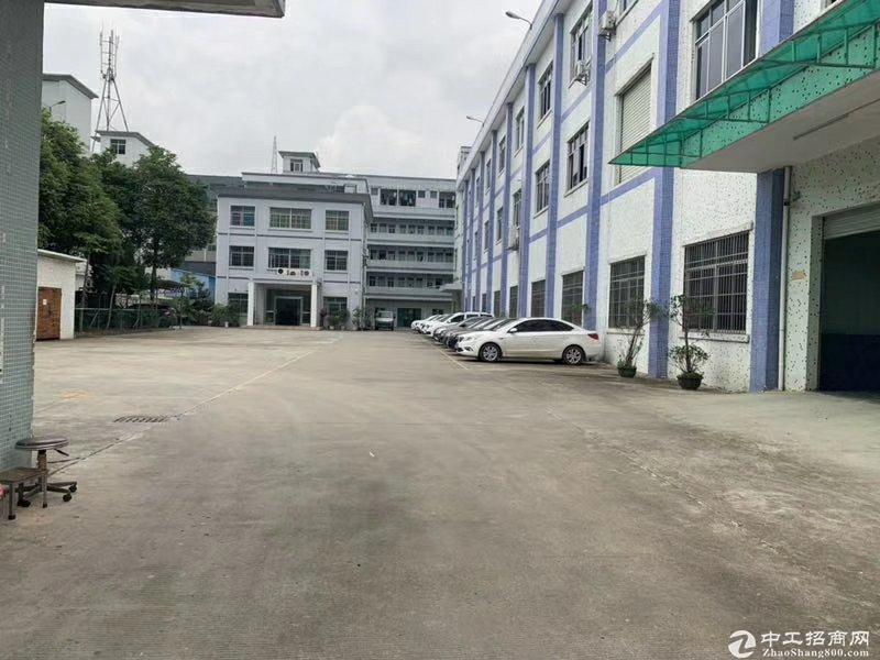 深圳龙华新出国有证厂房6000平米,房东急售