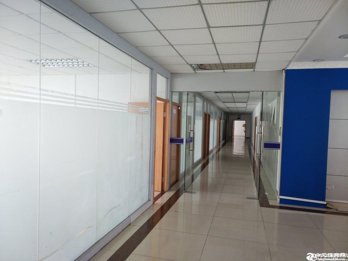 西丽南岗工业区花园式1200平整层精装厂房出租