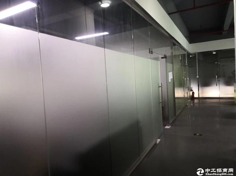 西丽湖楼上1300平米厂房适合做生产仓库