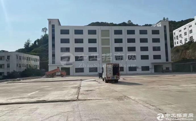 西丽靠近石岩红本独院259600平方厂房仓库出租,合同期超长