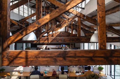 木屋架作为主要承重结构的建筑