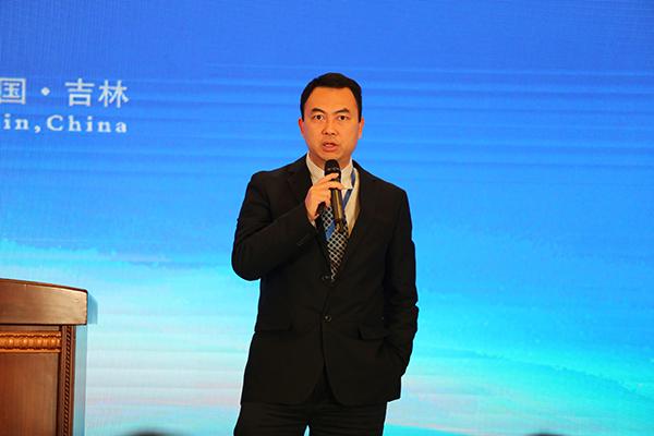 """腾讯副总裁谢岳峰:""""互联网+ """"激活产业潜能"""