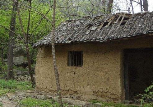 农村土房屋拆除一平米补偿多少钱?农民能够获得哪些补偿?