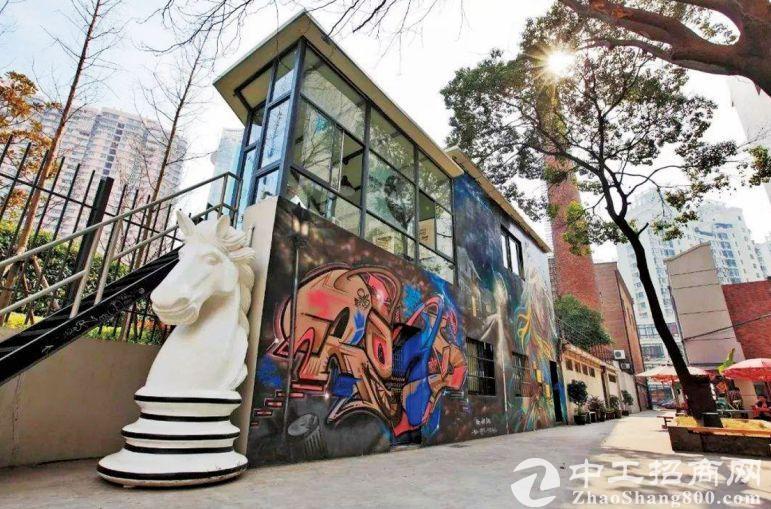 """中国这些文创园的""""前世今生""""-老厂房化身创新地标"""