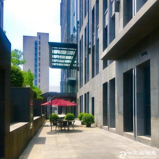 北京市亦庄开发区邻地铁甲级写字楼76平起租精装修可注册